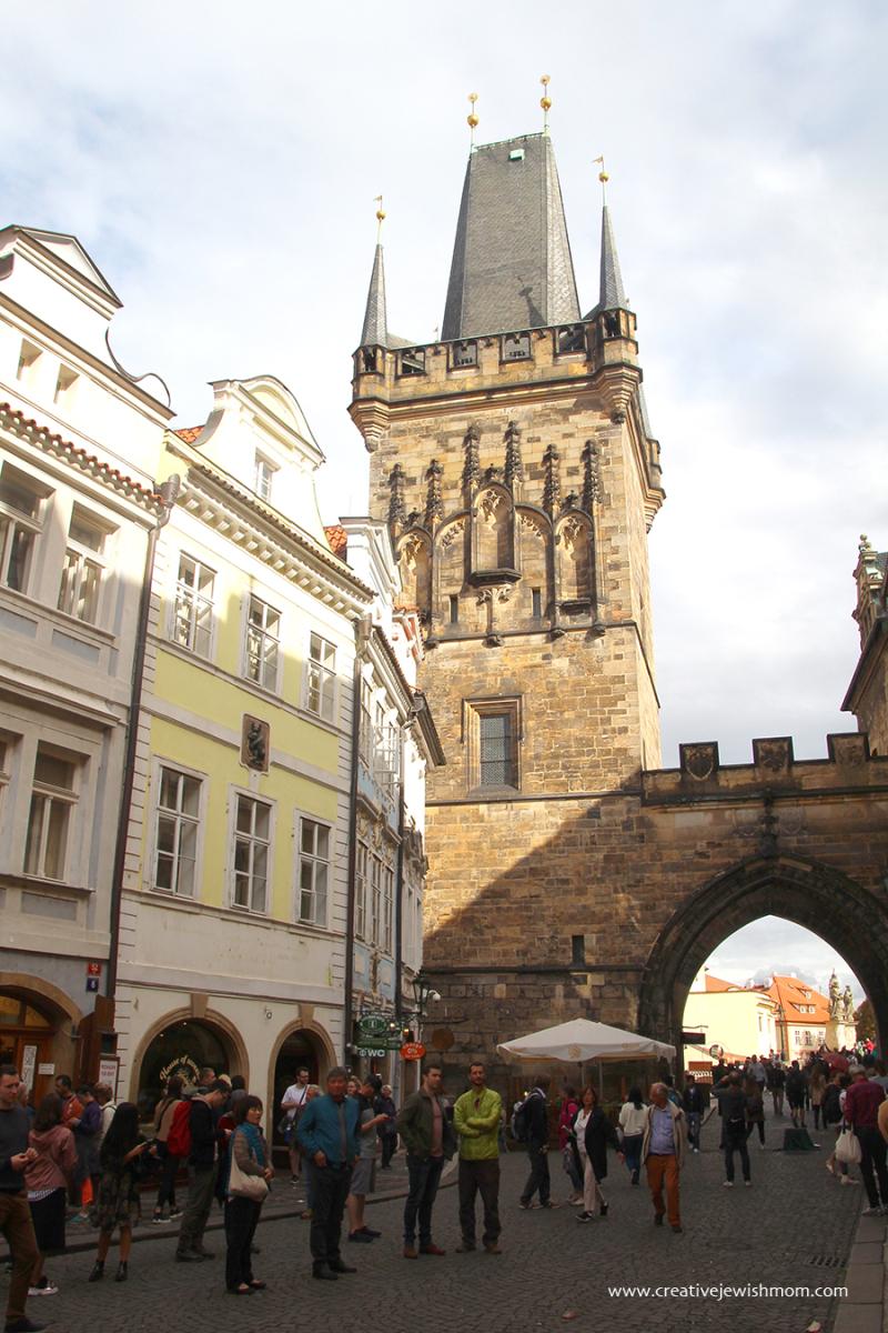 Prague-Charles-Bridge-Tower-Castle-Side2
