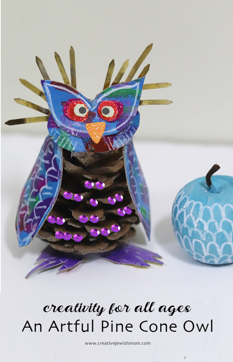 Pine-Cone-Owl-With-sequins-holiday-craft