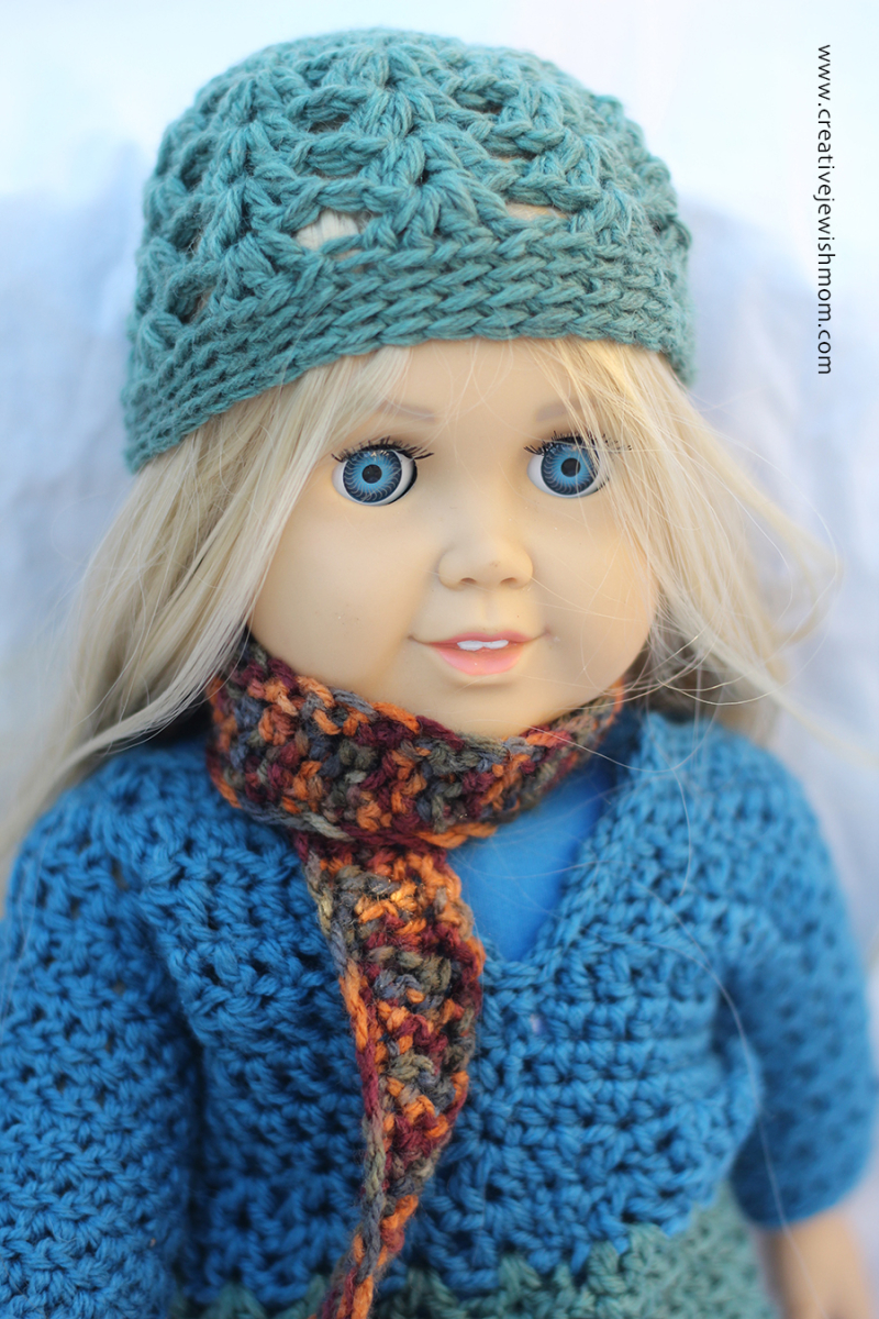Crocheted-doll-hat-simple