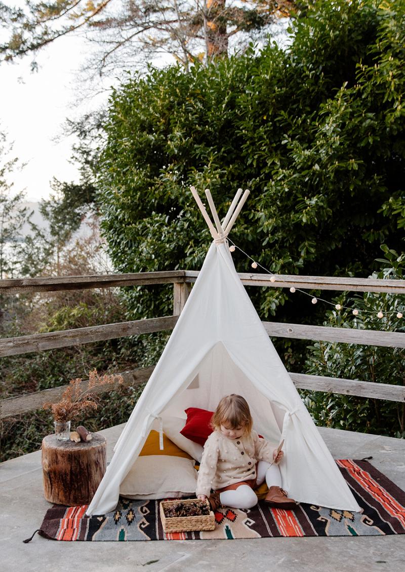 Camping-kids-tee-pee