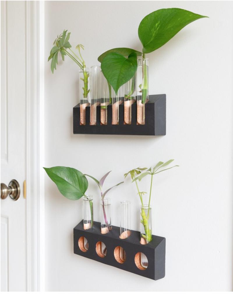 DIY-Wood-test-tube-vase-holder