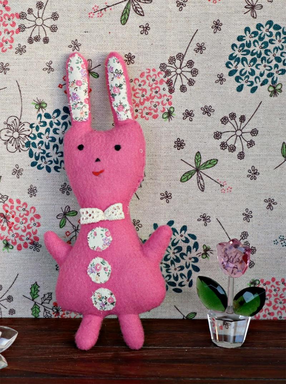 Felt-bunny-stuffie