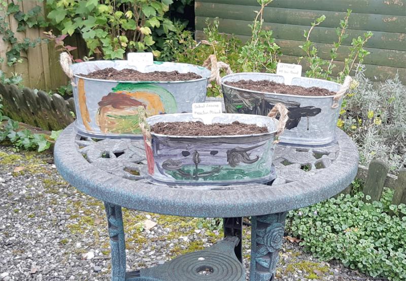 Kid-garden-craft-painted-planters