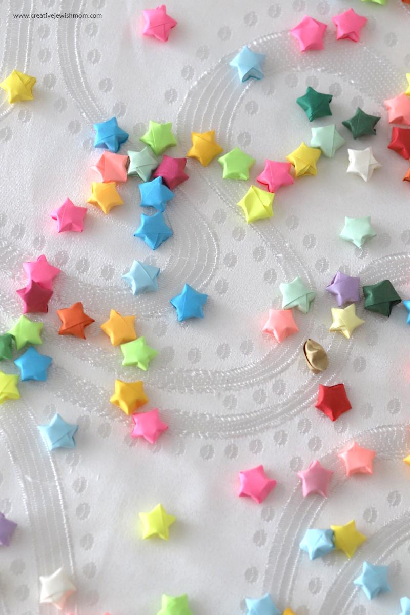 Tiny-DIY-origami-stars