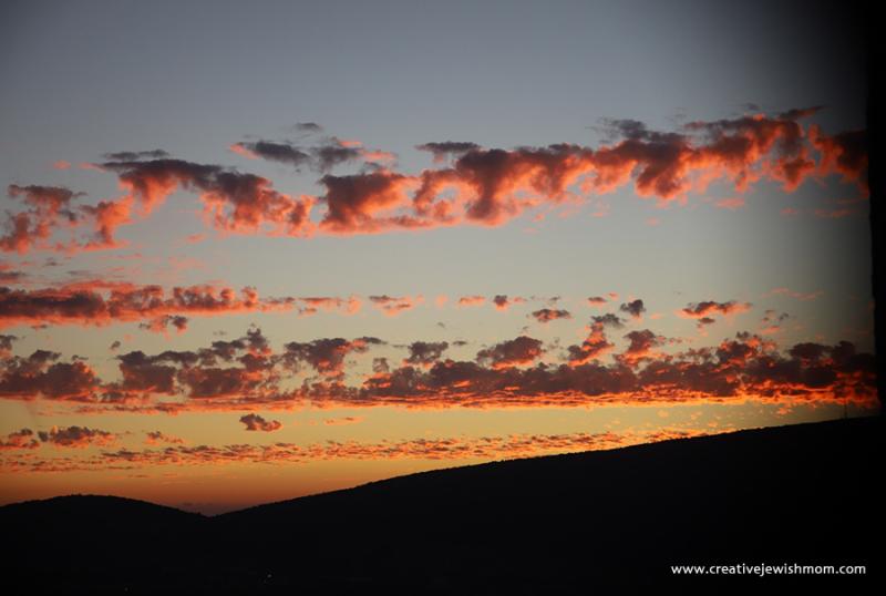 Pink-orange-clouds-over-Northern-Israel