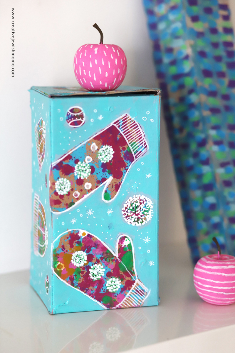 Painted-mittens-recycled-box-gift-box