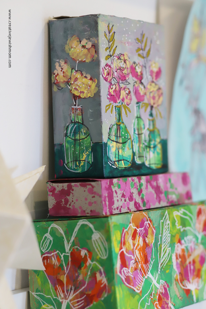 Flowers-in-bottles-recycled-gift-box