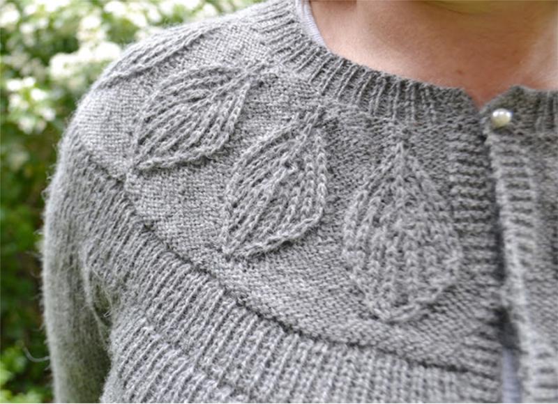 Knit-leaf-design-for-yoke