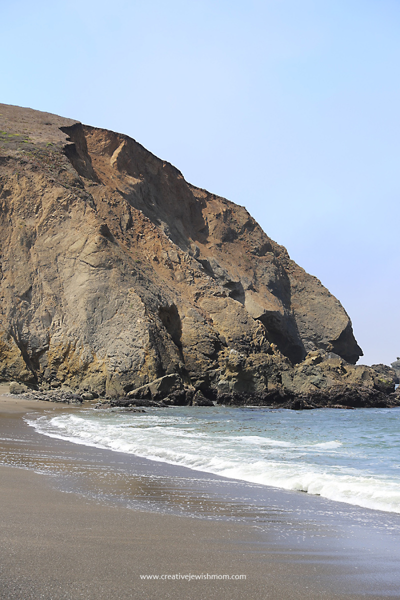 Pacifica-Sharp-Park-Beach-With-Mori-Point