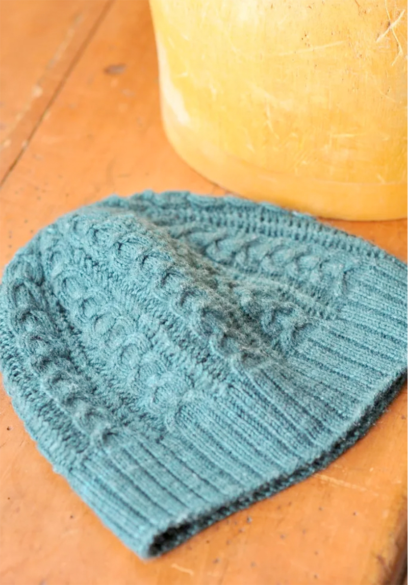 Knit-cable-hat