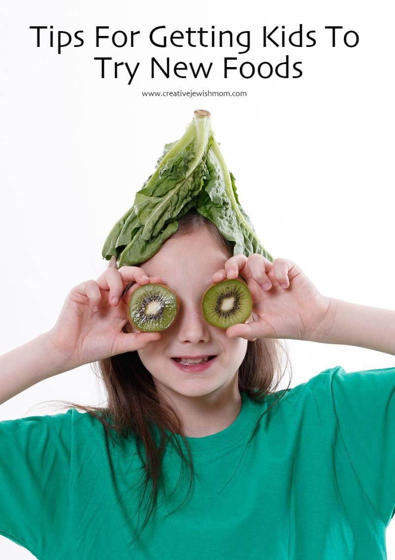 Kids cooking kiwi eyes