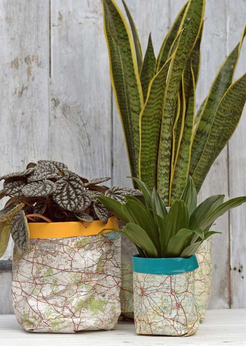 Paper map pot cover