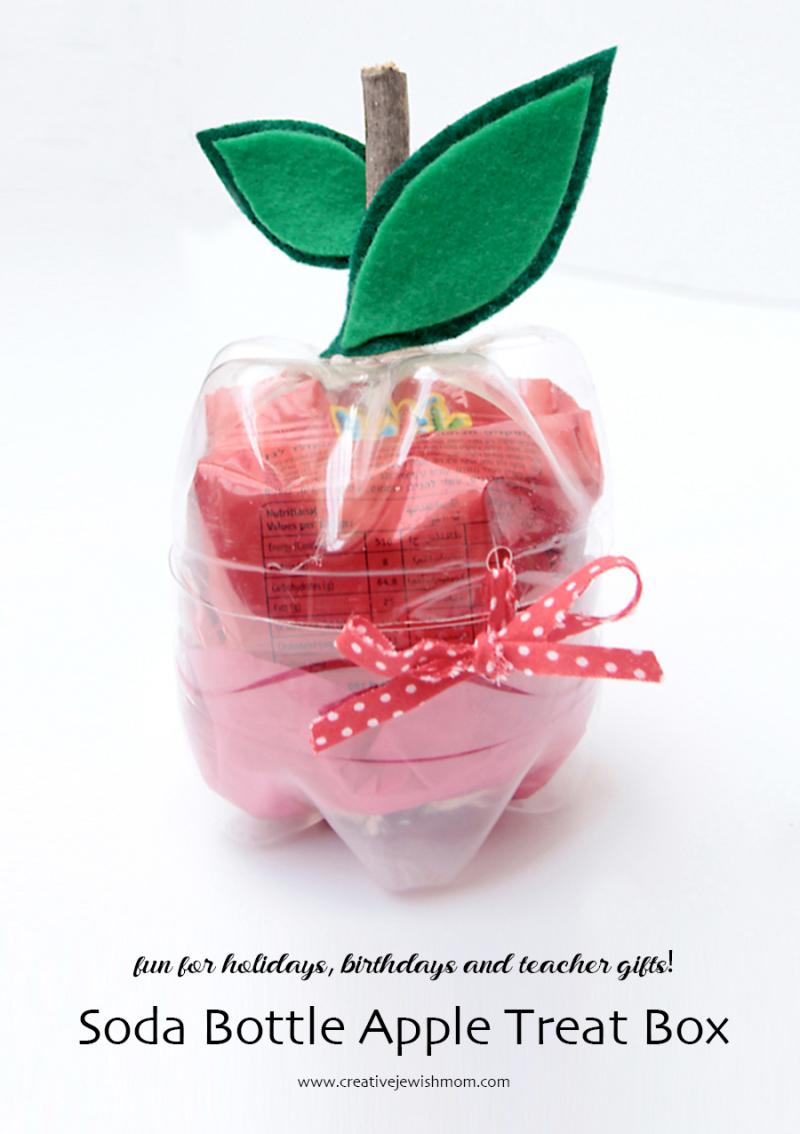 Soda-bottle-apple-shape-treat-box